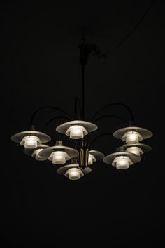 Poul Henningsen Cascade ceiling lamp at Studio Schalling