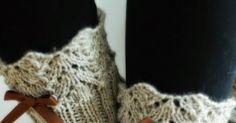 Viimainen tuuli.   Takkatulen lämpö.   Nyt on taas aika neuloa!           Herttainen.   Söpö.   Pitsi & Rusetti.          Nämä sukat syn... Socks, Patterns, Knitting, Block Prints, Tricot, Breien, Sock, Stricken, Weaving
