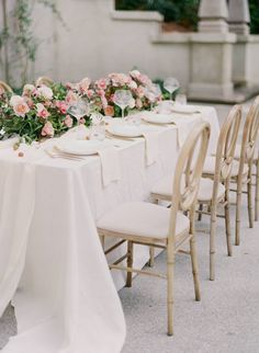 Celebrating fierceness and femininity in this romantic Swan House wedding inspiration | Atlanta Wedding Inspiration
