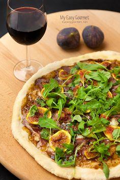 New favourite recipe: Figs and Prosciutto Pizza!