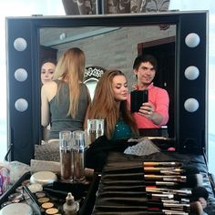 Love this Pic! Thanks to Alexandr! [Photo Instagram by Alexandr Karnizov]. #cantonimakeupworld #makeupstation #makeupartist