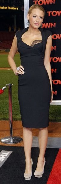 Blake Lively in Antonio Berardi dress. I want. Gorgeous dress.