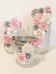 Paper Flower Jars - sparkle Unicorn - My best diy and crafts list Pot Mason Diy, Mason Jar Crafts, Bottle Crafts, Mason Jars, Mason Jar Projects, Diy Projects, Flowers In Jars, Paper Flowers, Flower Jars