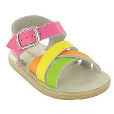 Jumping-Jacks sandals for girls #jumpingjacks #sandals #cobblerswife