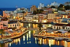 The most popular places and beaches to visit in one of the most picturesque cities of Crete. These are the Lasithi highlights Crete! Crete Island, Greece Islands, Heraklion, Riviera Maya, Places To Travel, Places To See, Places Around The World, Around The Worlds, Wonderful Places