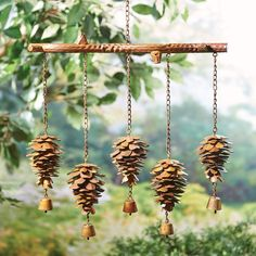 Pine Cone Art, Pine Cones, Nature Crafts, Fall Crafts, Décor Wiccan, Carillons Diy, Wiccan Decor, Deco Nature, Nature Decor