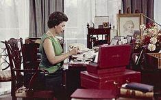 Queen Elizabeth II hard at work. Hm The Queen, Royal Queen, Her Majesty The Queen, Save The Queen, Young Queen Elizabeth, Elizabeth Philip, Duchess Of York, British Royal Families, Prince Phillip