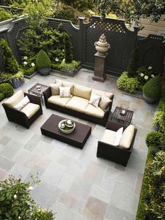 71 Beautiful Backyard Patio Design Ideas - Find the Best Shades for Your Patio Design 33 Outdoor Patio Ideas You Need to Try This Summer Backyard Patio Designs, Backyard Landscaping, Backyard Privacy, Landscaping Ideas, Paved Backyard Ideas, Backyard Layout, Backyard Fences, Diy Patio, Patio Decks