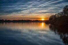 Sonnenuntergang an der Elbe X -