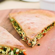 This stuffed pizza is filled with crumbled tofu, spinach, sun-dried tomatoes, cheese and fresh basil. It's easy to make stuffed pizza at home. Just roll the . Diabetic Recipes, Cooking Recipes, Healthy Recipes, Vegetarian Recipes, Cooking Corn, Cooking Wine, Cooking Turkey, Yummy Recipes, Diet Recipes