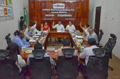 Periodismo sin Censura: RINDEN INFORME COMISIONES DEL IEQROO