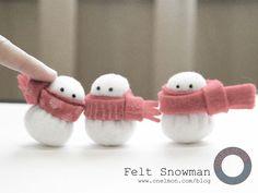DIY Mini Felt Snowman | onelmon