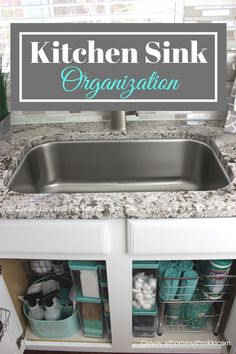 Organize the area under the sink with a handy caddy, clear tubs and pull-out drawers on gliders to keep everything organized and accessible. Best under sink organization ideas. Most popular under sink organization tips. Kitchen Ikea, Kitchen Pantry, New Kitchen, Space Kitchen, Kitchen Sinks, Organized Kitchen, Country Kitchen, Kitchen Cupboards, Updated Kitchen