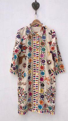 Excited to share the latest addition to my shop: Embroidered unique Coat / Banjara Jacket / ethnic indian coat / festival clothing Boho Outfits, Casual Outfits, Kaftan Style, Festival Outfits, Festival Clothing, Jackets For Women, Clothes For Women, Embroidery Fashion, Blazer Fashion