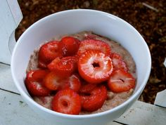 Strawberry & Coconut Oats