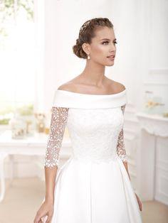 Novia D'art Wedding Dresses In Brighton And Sussex – Wedding Gown Classic Wedding Dress, Wedding Dress Styles, Dream Wedding Dresses, Bridal Dresses, Wedding Gowns, Long Sleeve Wedding, Wedding Dress Sleeves, Beautiful Dresses, Elegant Dresses