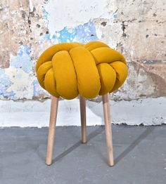 Mustard Knot stool, design chair, modern chair, industrial stool, wood stool(Etsy のKNOTSstudioより) https://www.etsy.com/jp/listing/236730253/mustard-knot-stool-design-chair-modern