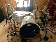 Beat Em Up, Drums, Music Instruments, Musica, Percussion, Musical Instruments, Drum, Drum Kit