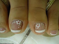 62 Ideas french pedicure designs toenails polka dots for 2019 Pedicure Nail Art, Toe Nail Art, Manicure And Pedicure, Pedicure Ideas, Diy Nails, Flower Pedicure Designs, French Pedicure Designs, Flower Designs, French Nails