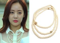 "Yoon Ah-Jung 윤아정 in ""Temptation"" Episode 5. Francis Kay Emillia Long Pearl Necklace #Kdrama #Temptation 유혹 #YoonAhJung"