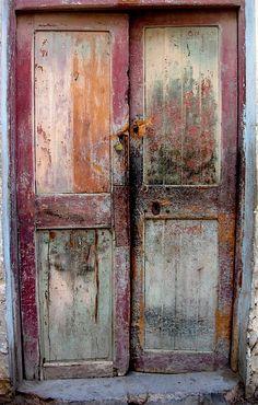 Sfax, Tunisia I love doors!