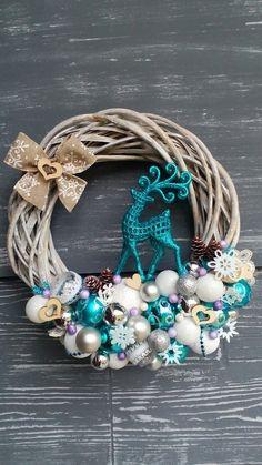 Turquoise Christmas, Blue Christmas Decor, Christmas Tree Design, Christmas Themes, Christmas Holidays, Christmas Decorations, Origami Christmas Ornament, Diy Christmas Cards, Christmas Mantels