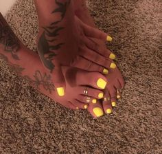 This Cool summer pedicure nail art ideas 18 image is part from 75 Cool Summer Pedicure Nail Art Design Ideas gallery and article, click read it bellow to see high resolutions quality image and another awesome image ideas. Yellow Toe Nails, Yellow Nail Art, Toe Nail Color, Nail Colors, Neon Toe Nails, Stiletto Nails, Bright Toe Nails, Bright Orange Nails, Bright Yellow