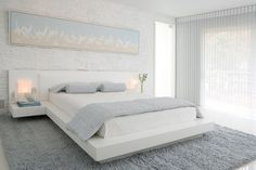 Pale blue gives a peaceful bliss in your bedroom