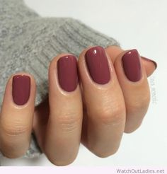 Love that color Simple Gel Nails, Manicure For Short Nails, Short Nails Acrylic, Cute Simple Nails, Short Nails Art, Nice Nails, Cute Short Nails, Fall Manicure, Subtle Nails