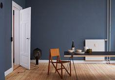 Bilderesultat for st pauls blue Blue Rooms, Blue Bedroom, Blue Walls, Dark Interiors, Colorful Interiors, Elle Decor, Room Colors, Wall Colors, Paint Colours