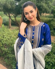 Brand: Hania Amir Fabric: Lawn Category: Shirt n Trouser Front heavy embroidery Sleeves embroidery Daman heavy emb patch Neck heavy emb patch Simple trouser Price: (Free Home Delivery All Over the Pakistan) Modest Fashion Hijab, Pakistani Fashion Casual, Pakistani Street Style, Pakistani Girl, Pakistani Dress Design, Pakistani Actress, Indian Fashion, Women's Fashion, Pakistani Party Wear Dresses
