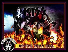 Kiss Pictures, Comic Books, The Originals, Comics, Movie Posters, Art, Kissing Pics, Art Background, Kiss Images