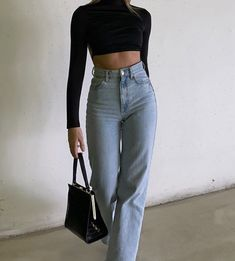 """fan outfits account on Twitter: """"flared jeans… """" Bild Outfits, Indie Outfits, Teen Fashion Outfits, Retro Outfits, Cute Casual Outfits, Stylish Outfits, Summer Outfits, Tomboy Fashion, Look Fashion"""