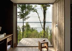 Case Inlet Retreat is a modern vacation home by MW Works Architecture+Design, nestled on the eastern edge of the Case Inlet, in Puget Sound, Washington. Sweet Home, Interior Exterior, Interior Architecture, Sustainable Architecture, Washington Houses, Washington State, Haus Am See, Stairway To Heaven, Cozy Cabin