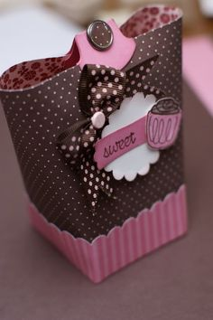 cute gift bag/box tutorial.  could be done even without Stampin' Up stuff.