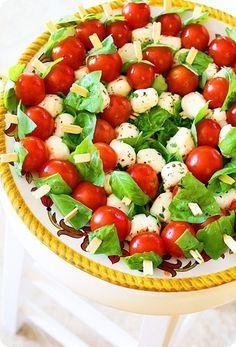 The Comfort of Cooking » Mini Caprese Salad Bites