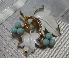 Vintage SARAH COVENTRY Leaf and Berry Brooch by ThePurplePoni, $8.00