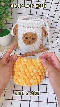 Crochet Bag Tutorials, Crochet Flower Tutorial, Crochet Instructions, Crochet Videos, Crochet Basics, Crochet Basket Pattern, Crochet Toys Patterns, Crochet Designs, Knitting Patterns