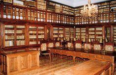Sala Borbón Lorenzana en la Biblioteca de Castilla-La Mancha. Toledo. España