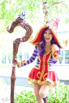 "Pizoobie - Lulu Cosplay ""League of Legends"""