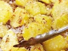 Frasig parmesanpotatis Receptbild - Allt om Mat