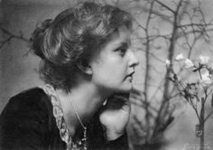 Amazing Portrait Photos of Women Taken by Frank Eugene From Between the and ~ vintage everyday Alfred Stieglitz, Portrait Photo, Female Portrait, People Photography, Fine Art Photography, Imogen Cunningham, Eugene Smith, Eugene Atget, Antique Pictures