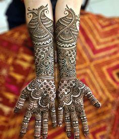 Modern Mehndi Designs, Mehndi Designs For Girls, Wedding Mehndi Designs, Henna Designs Easy, Mehndi Design Images, Mehndi Designs For Hands, Mehedi Design, Simple Henna Tattoo, Black Henna