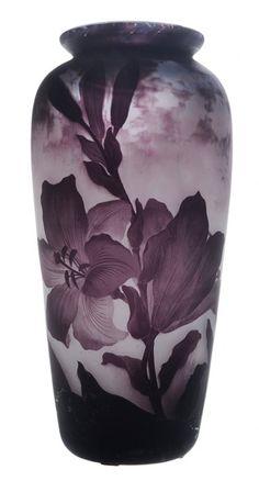Muller Freres Cameo Glass Purple Iris : Lot 311