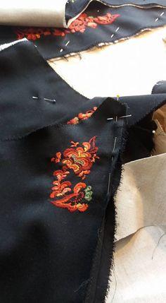 Immateriell kulturarv Montering av Vest-Telemarkbunad til kvinne Vest, Costumes, Fashion, Hipster Stuff, Moda, Dress Up Clothes, Fashion Styles, Fancy Dress, Fashion Illustrations