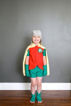 Vintage robin childrens costume . Handmade!  Batman!