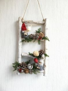 Christmas Flower Decorations, Christmas Ornaments, Diy Note Pad, Garden Terrarium, All Things Christmas, Holidays And Events, Ladder Decor, Farmhouse Decor, Diy And Crafts
