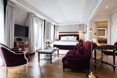 the style saloniste: When in Paris: La Réserve Paris Hotel — The Exciting, Super-chic New Place to Stay
