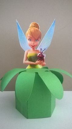 Caixa bala Princesa Sofia Tinkerbell Fairies, Tinkerbell Party, Fairy Birthday Party, Girl Birthday, Birthday Parties, Festa Thinker Bell, Flower Template, Scrapbooking, Baby Shower Invitations
