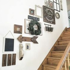 44 Beautiful Farmhouse Wall Decoration Ideas To Manage Your Home Stairway Decorating Beautiful Decoration Farmhouse Home Ideas Manage Wall Staircase Wall Decor, Stairway Decorating, Stair Decor, Foyer Decorating, Staircase Ideas, Foyer Wall Decor, Wall Decor For Stairway, Rustic Staircase, Entryway Stairs